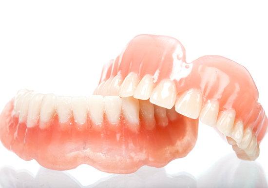 総入れ歯|相馬市の菅野歯科医院
